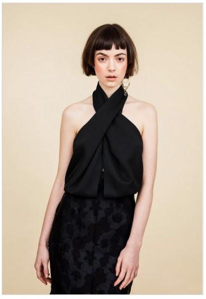 Backless dress_1.JPG